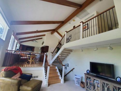 wooden-railings-9